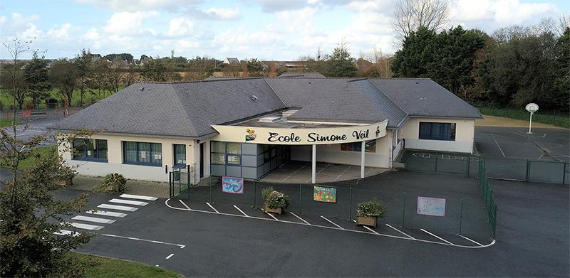 L'école Simone Veil et la cantine à Saint-Vougay